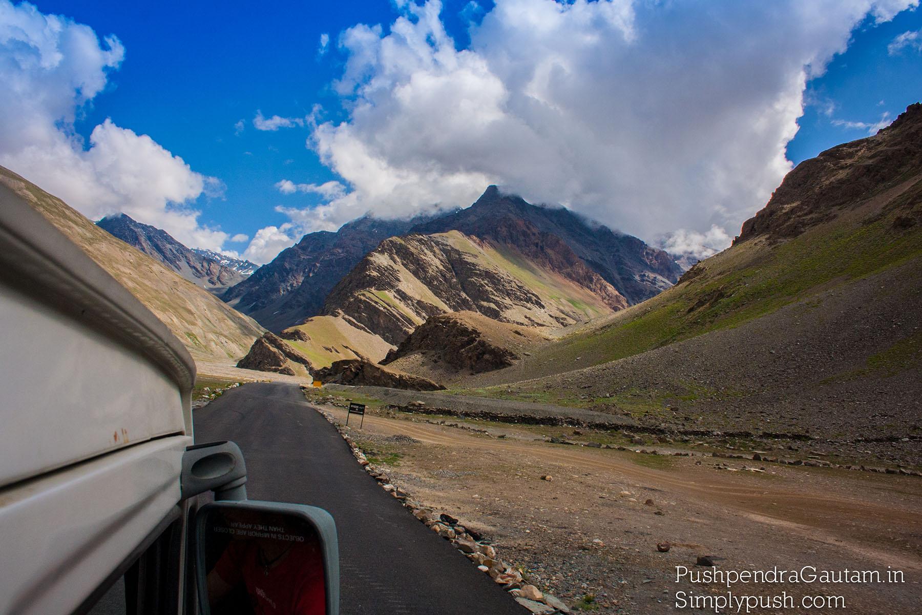 best-travel-blooger-himachal-pradesh-india