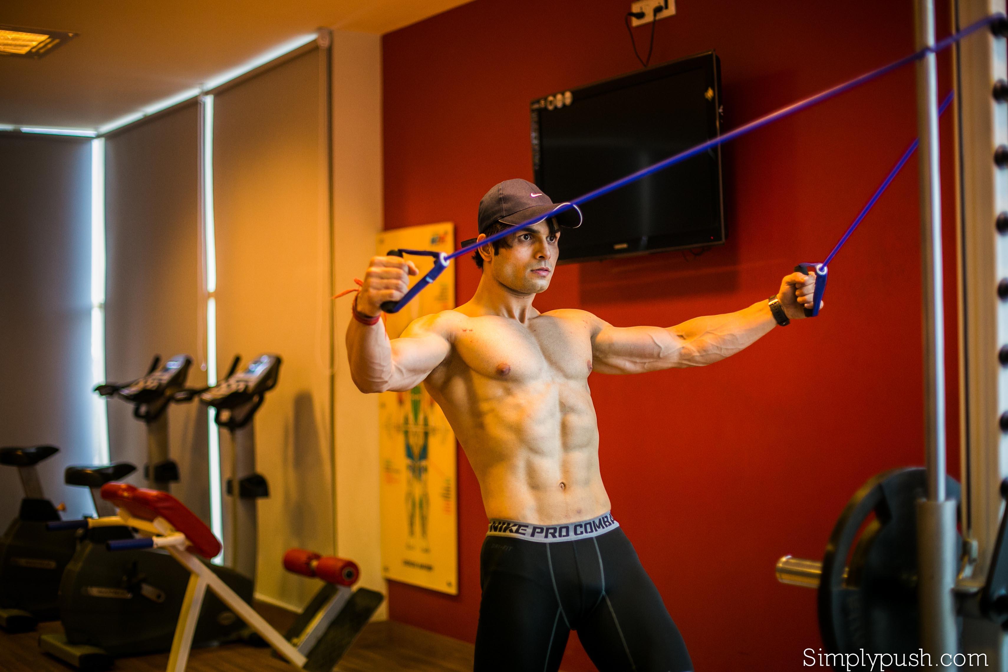 gym-model-photoshoot-fitness-photos