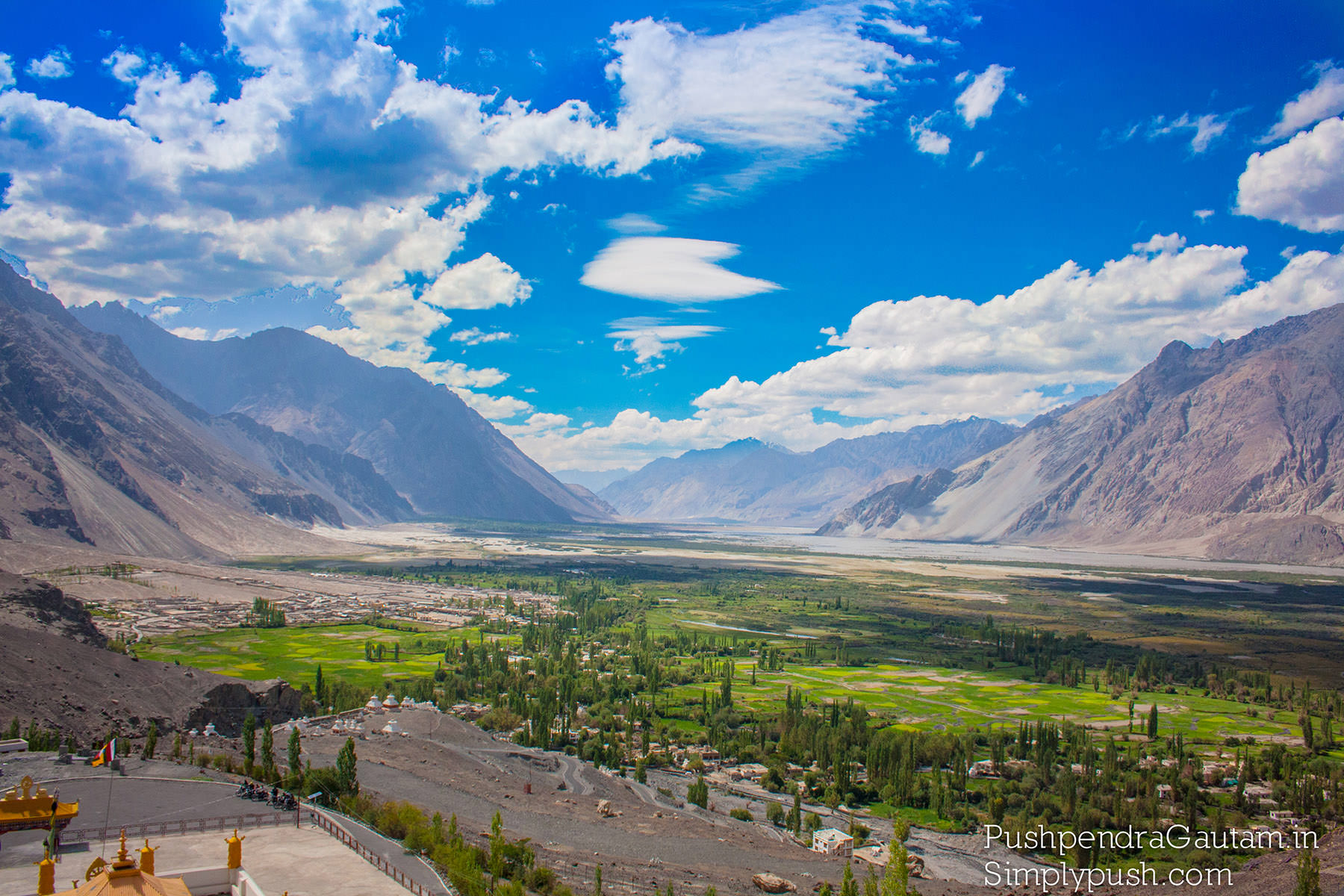 nubra-valley-mountains-pics-india